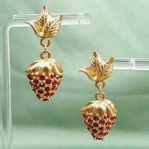 Vintage Avon Strawberry Dangle Earrings